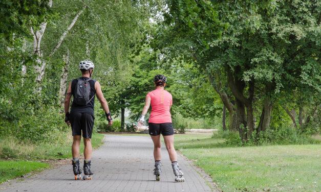Jak vybrat kolečkové brusle? Léto 2020 ve znamení sportu